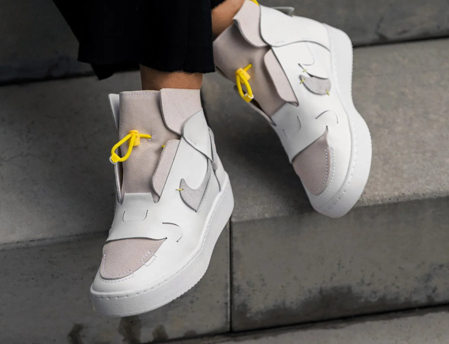 Nike Wmns Air Force 1 Vandalized LX White Chrome Yellow (5)