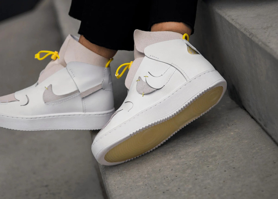 Nike Wmns Air Force 1 Vandalized LX White Chrome Yellow (6)