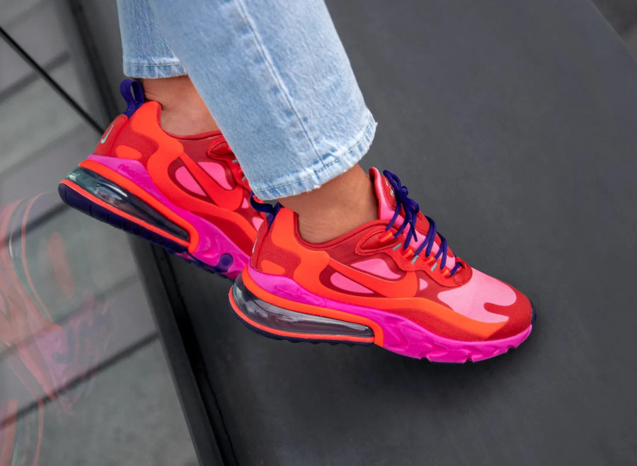 Nike Wmns Air Max 270 React 'Electronic Music' Mystic Red Bright Crimson (4)