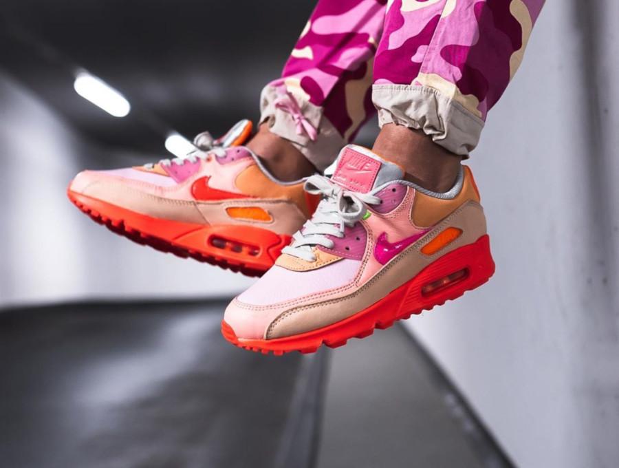 Nike Wmns Air Max 90 Premium 'CDG' Pink Shade (1-2)