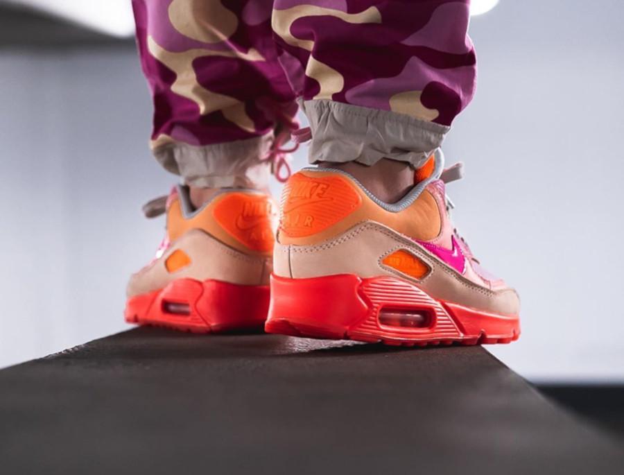 Nike Wmns Air Max 90 Premium 'CDG' Pink Shade (1)