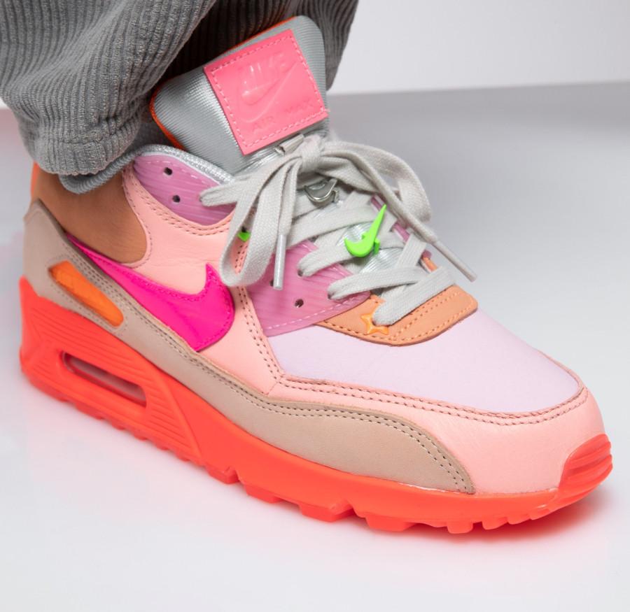 Nike Wmns Air Max 90 Premium 'CDG' Pink Shade (2)