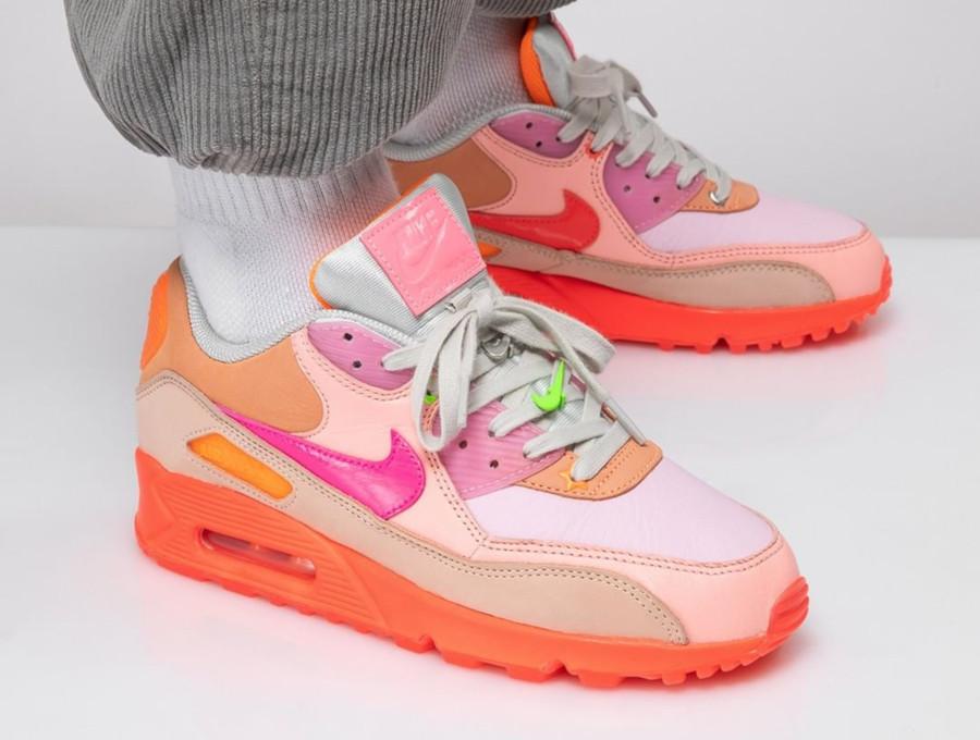 Nike Wmns Air Max 90 Premium 'CDG' Pink Shade (6)