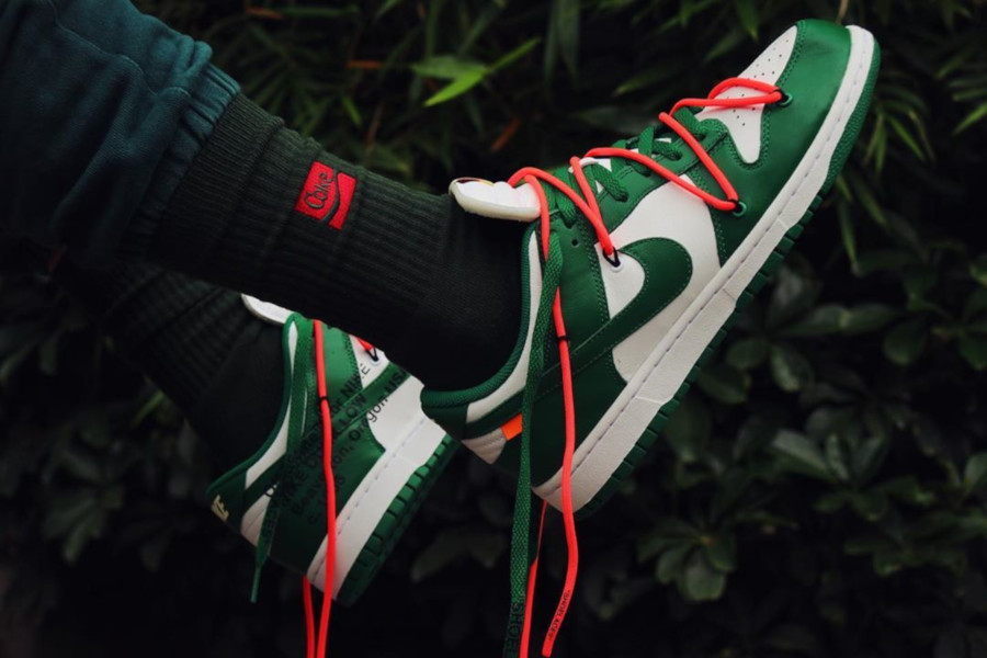 Off White x Nike Dunk Low White Pine Green (2)