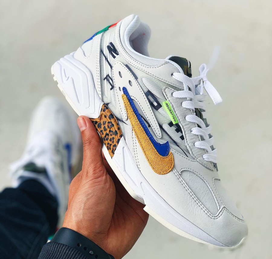 Size x Nike Ghost Racer Copy Paste (3)
