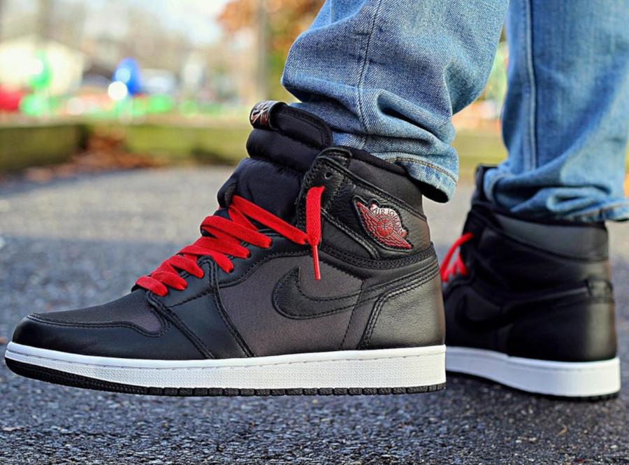 Air Jordan 1 Retro High OG 'Black Satin' Gym Red (6)
