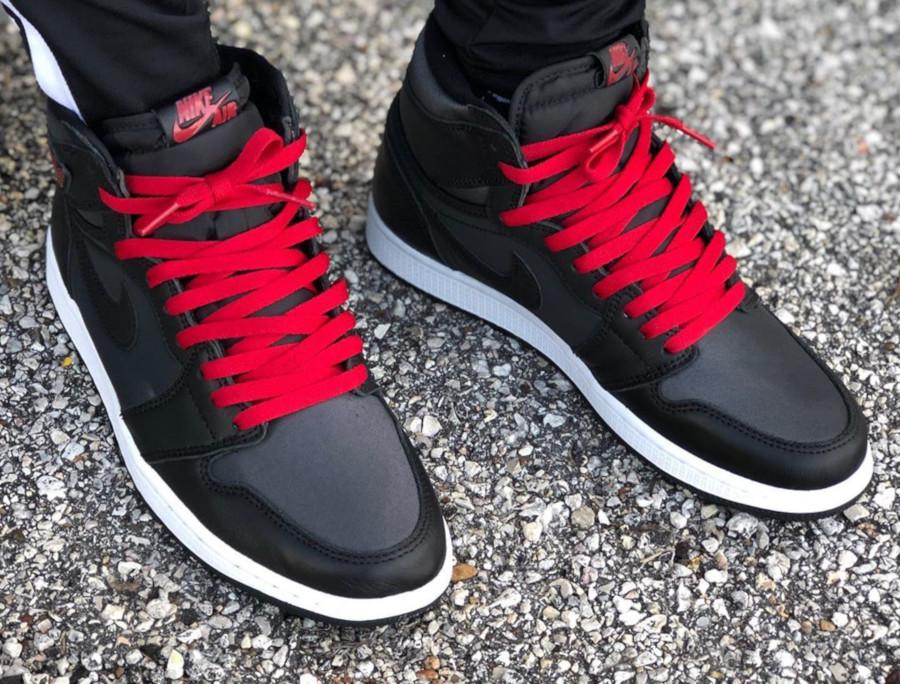 Air Jordan 1 Retro High OG 'Black Satin' Gym Red (8)