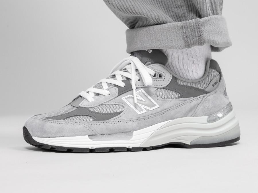 New-Balance-992-OG-Grey-White-Retro-2020-made-in-US-9
