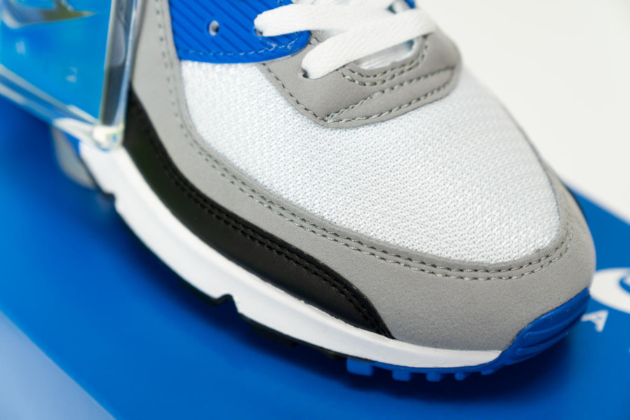 Nike Air Max 90 OG 'Hyper Royal' White Particle Grey Black (3)