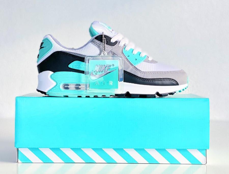 Avis : que vaut la Nike Air Max 90 OG 30th Hyper Turquoise