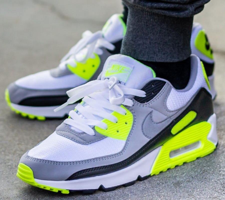Nike Air Max 90 homme Particle Grey Volt' (30th Anniversary) (12)