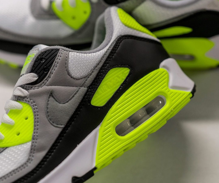 Nike Air Max 90 homme Particle Grey Volt' (30th Anniversary) (6)