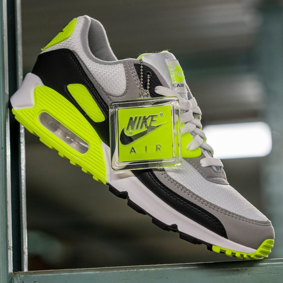 Nike Air Max 90 homme Particle Grey Volt' (30th Anniversary) (7)