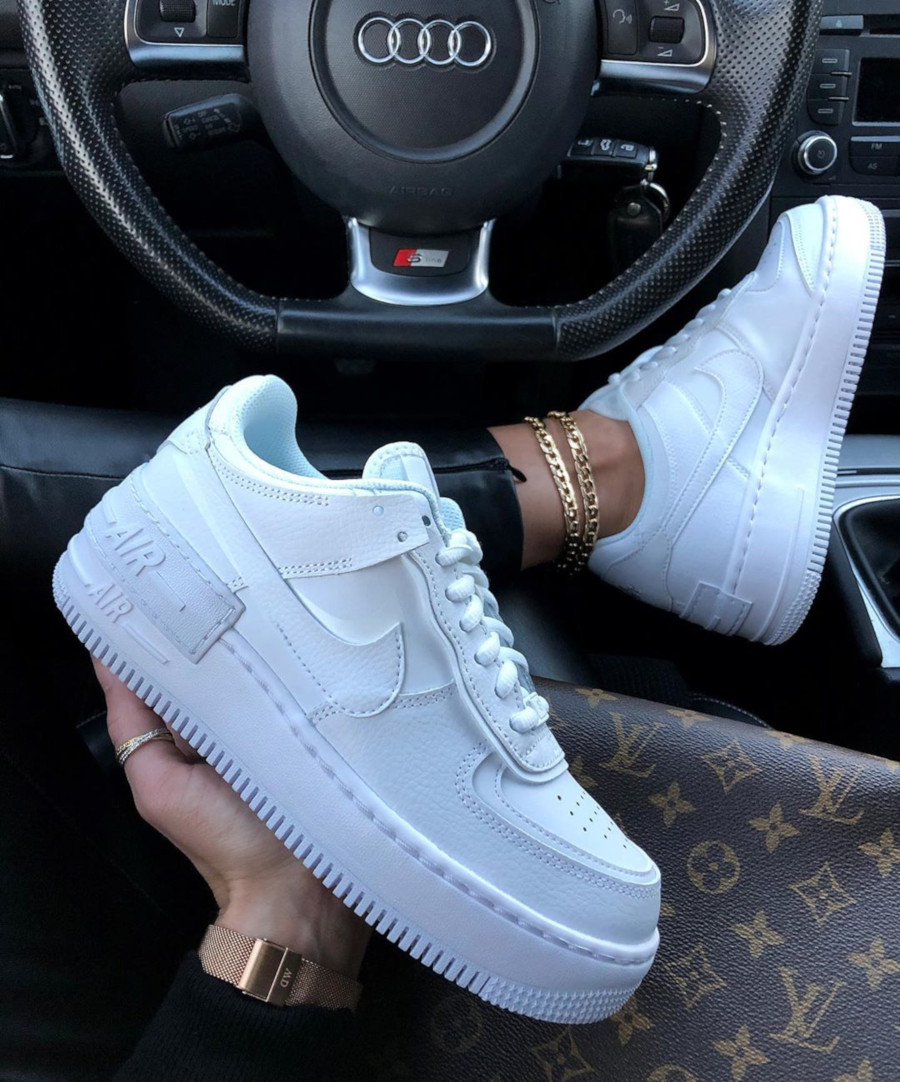 Nike Wmns AF1 Shadow 'Triple White' (1)