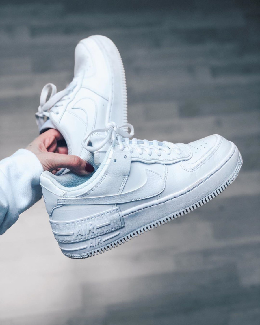 Nike Wmns AF1 Shadow 'Triple White' (2)