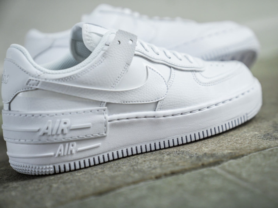 Nike Wmns AF1 Shadow 'Triple White' (3)