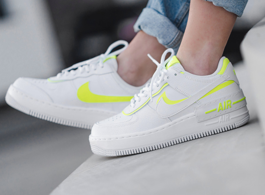 Nike Wmns AF1 Shadow 'White Lemon Venom' (2)