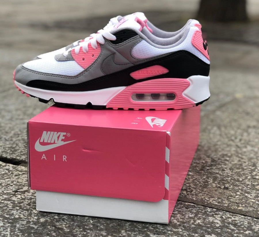 Nike Wmns Air Max 90 OG 'Pink' (30th Anniversary) (4)