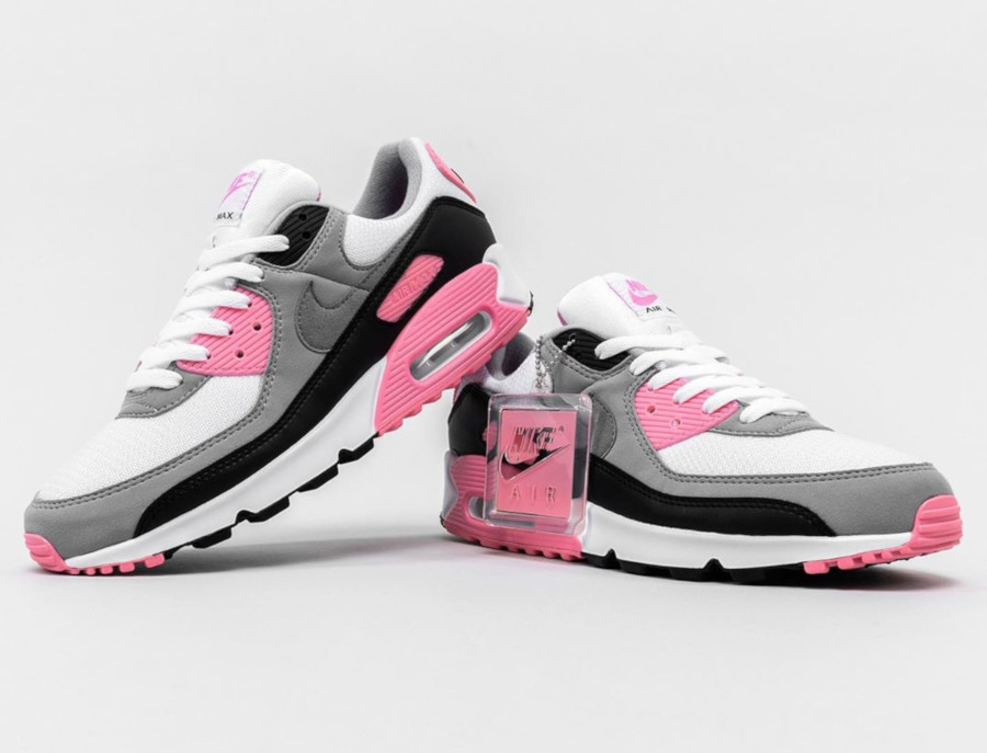 Nike Wmns Air Max 90 OG 'Pink' (30th Anniversary) (5)