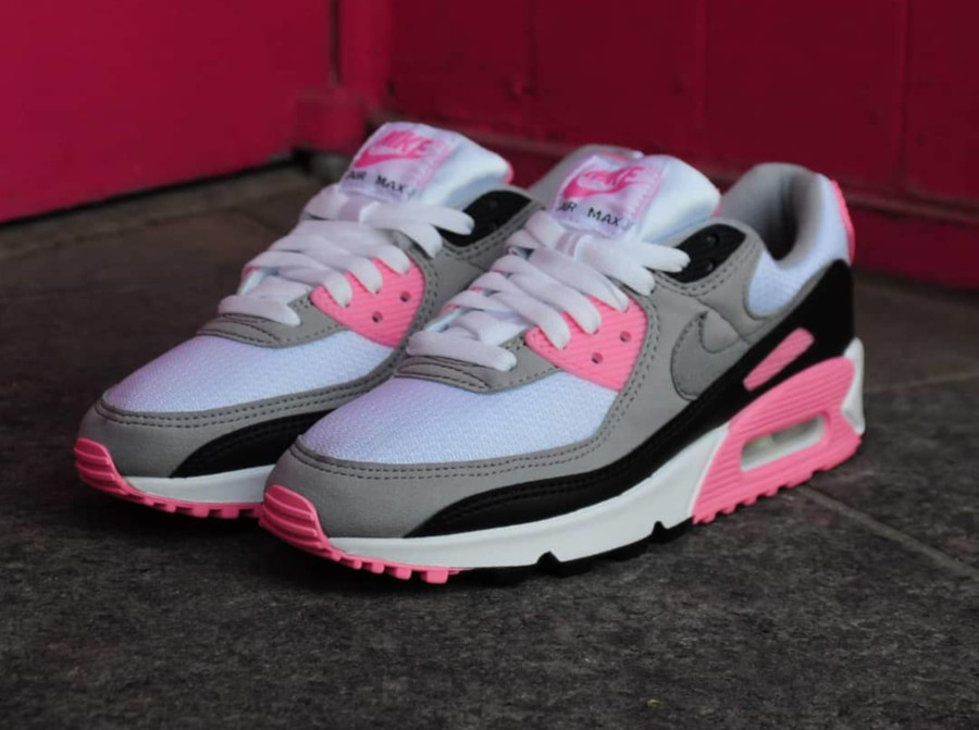 Nike Wmns Air Max 90 OG 'Pink' (30th Anniversary) (6)