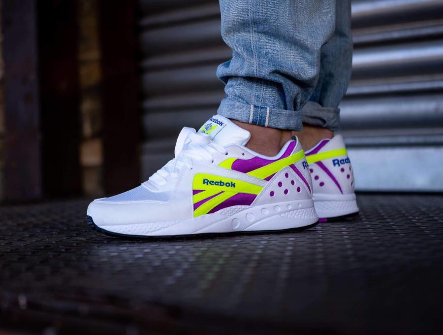 Reebok Pyro OG 2018 White Vicious Violet Neon Yellow pas cher