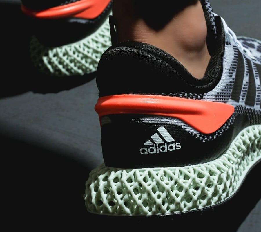Adidas 4D Run 1.0 'Core Black Signal Coral' (1)