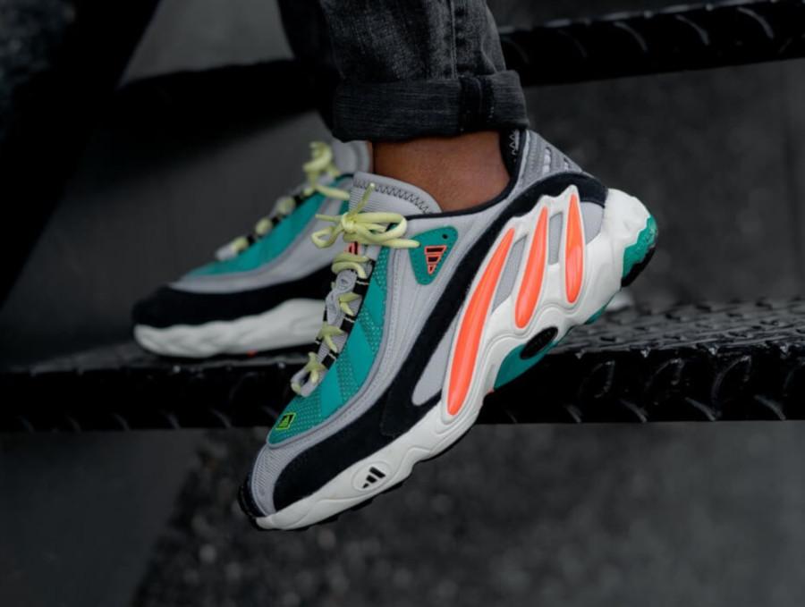 Adidas FYW 98 Yeezy 700 'Grey Two Signal Coral EG5195