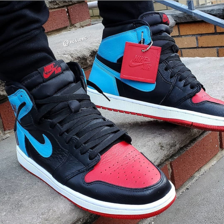Air Jordan 1 High OG Wmns 'UNC to Chicago' (Powder Blue Gym Red) (3)