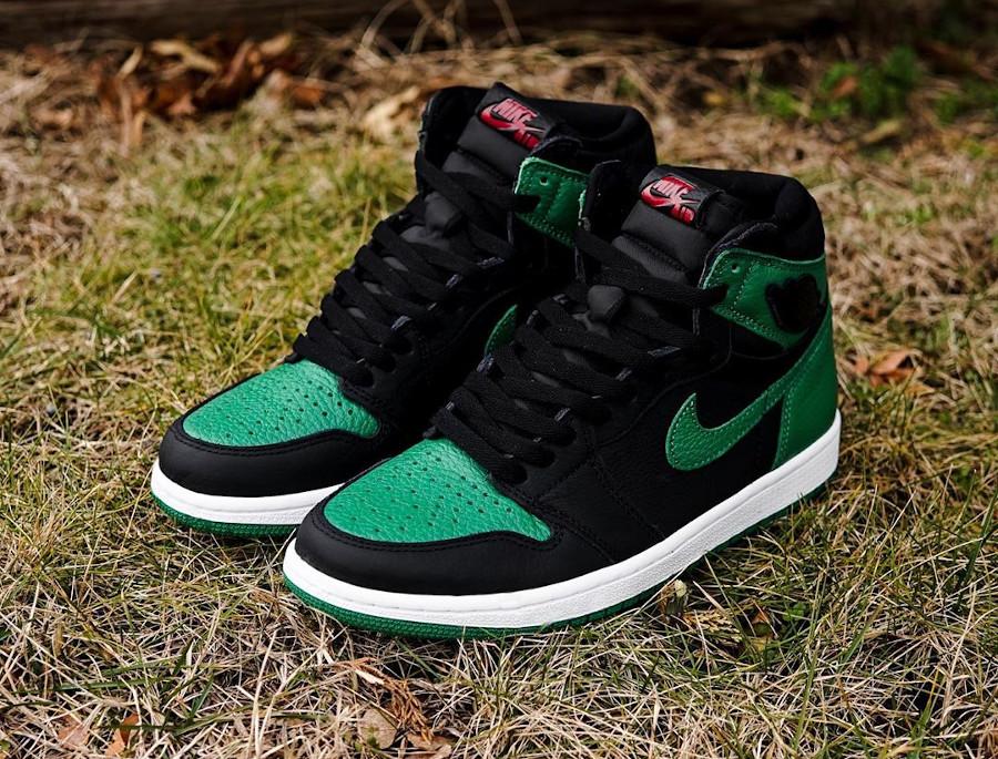 Air Jordan 1 Retro High OG Pine Green 2.0 555088-030