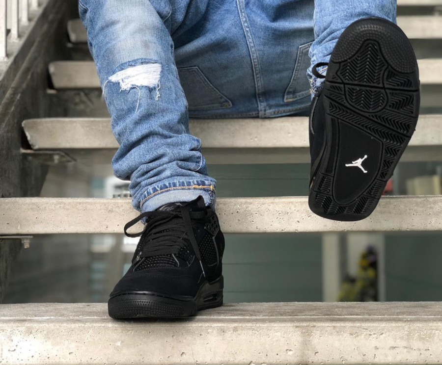 Air Jordan IV Retro Black Cat 2020 on feet (1-1)