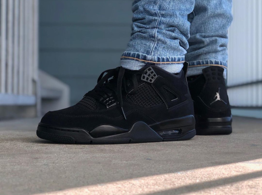Air Jordan IV Retro Black Cat 2020 on feet (1-2)