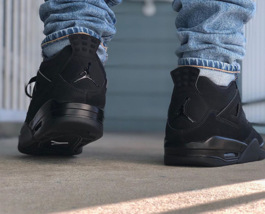 Air Jordan IV Retro Black Cat 2020 on feet (1)
