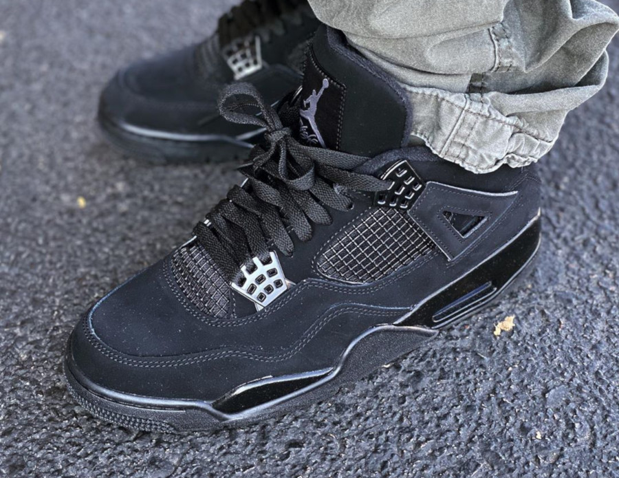 Air Jordan IV Retro Black Cat 2020 on feet (6)