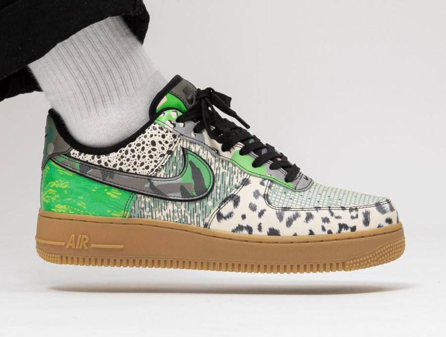 Nike Air Force 1 '07 Black Green Spark (2)