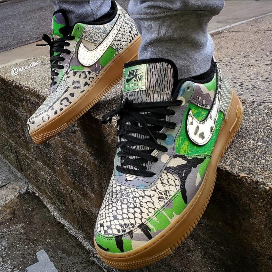 Nike-Air-Force-1-07-Black-Green-Spark-7