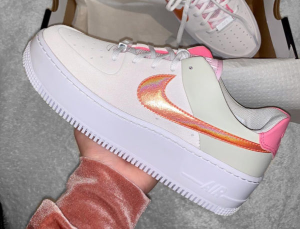Nike Wmns Air Force 1 Sage Low Light Bone Pink CV3036-001 (couv)