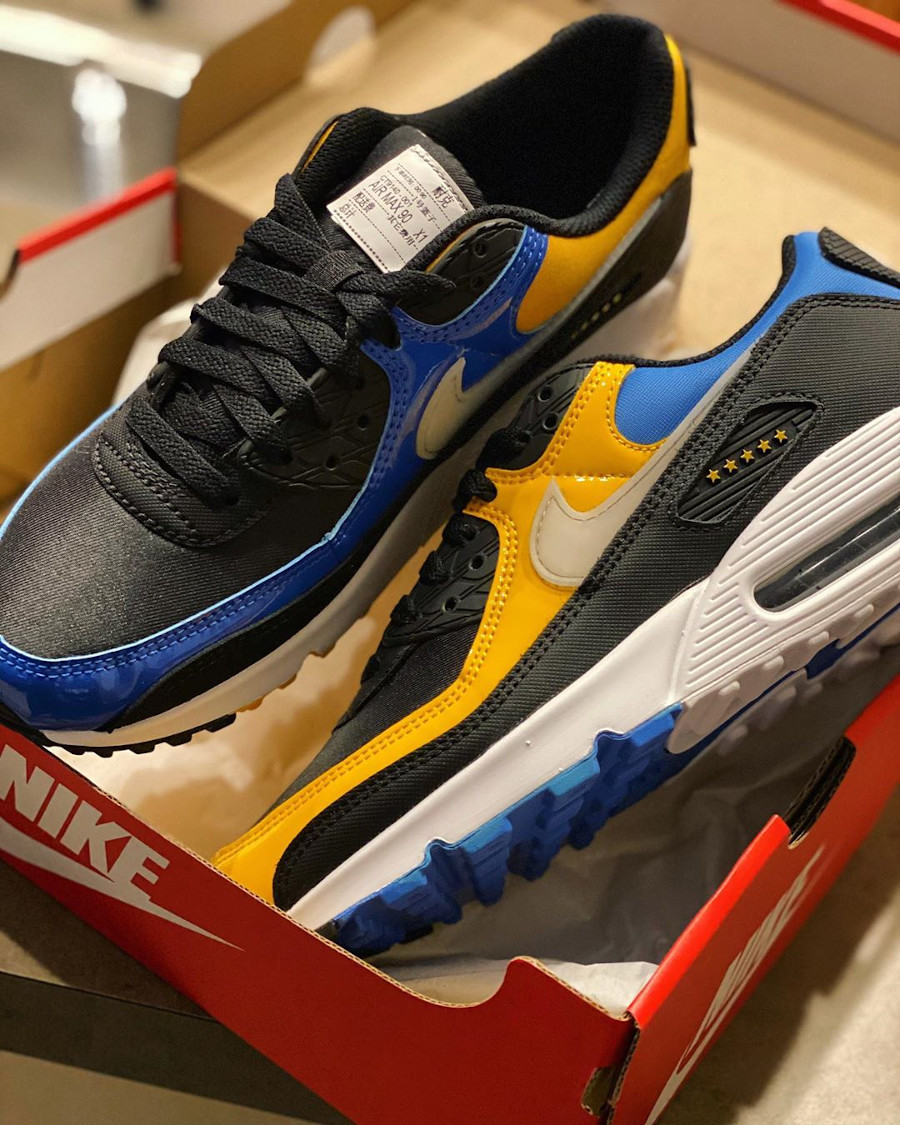Nike Air Max 90 Premium City Shanghai Delivery Service Workers (1)