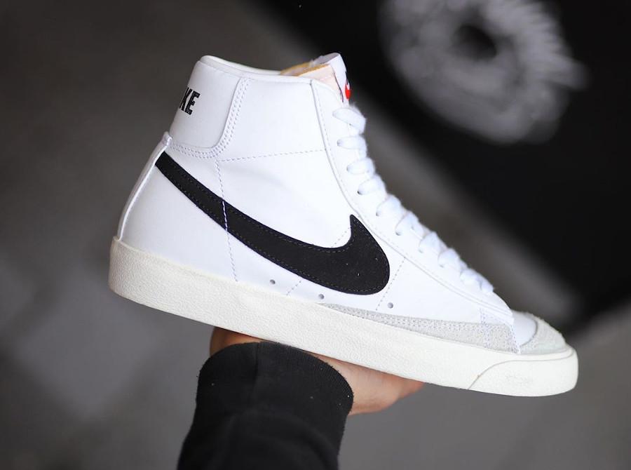 Nike Blazer Mid 77 Vintage blanche et noire (1)