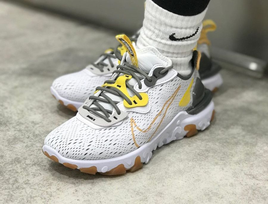 Nike React Vision DMSX 'Honeycomb' (5)