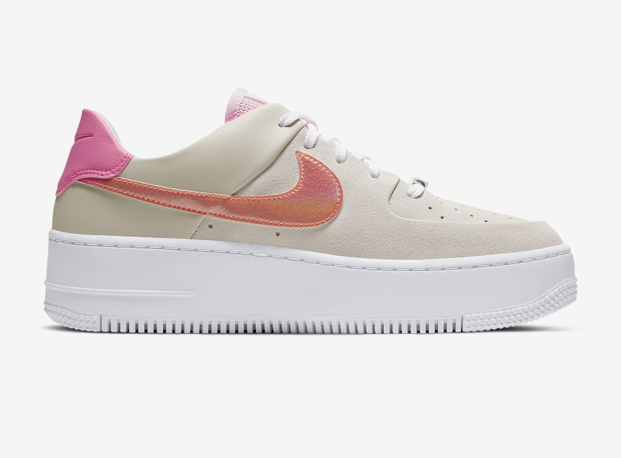 Nike Wmns Air Force 1 Sage Low 'White Digital Pink Foam' (2)