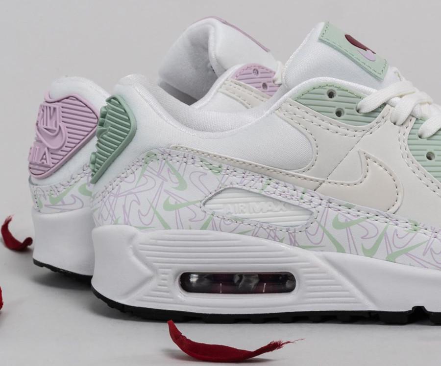 Nike Wmns Air Max 90 U Complete Me (2)