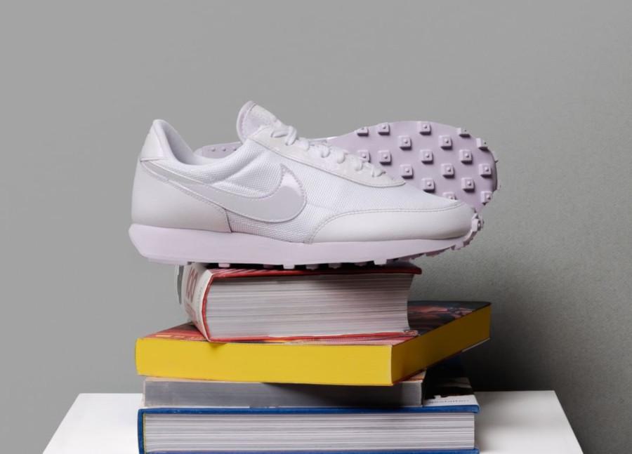 Nike Wmns Daybreak 2020 Barely Grape CU3452 100