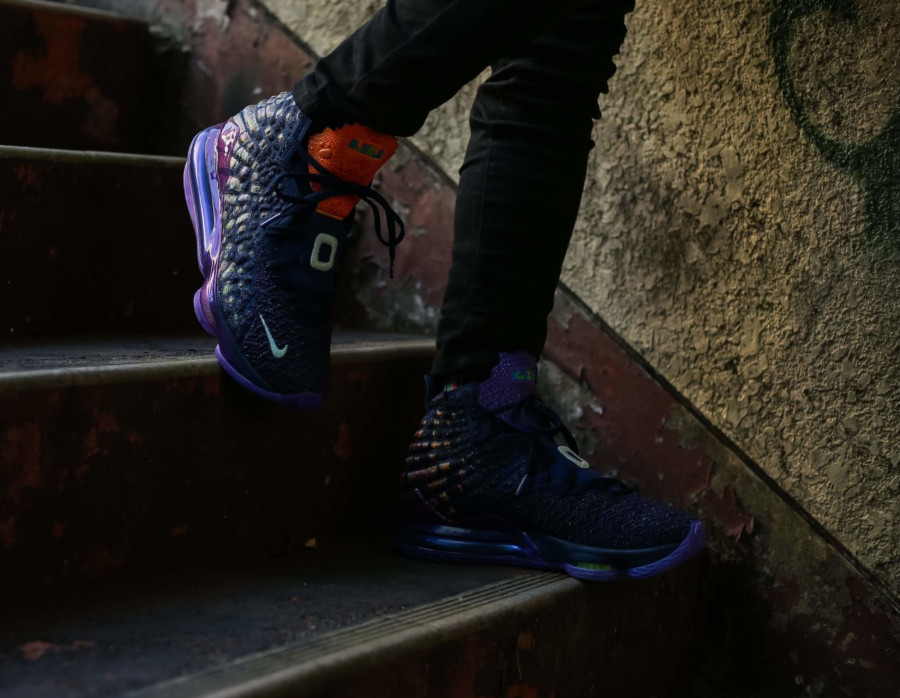 Space Jam x Nike Lebron 17 'Monstars' (7)