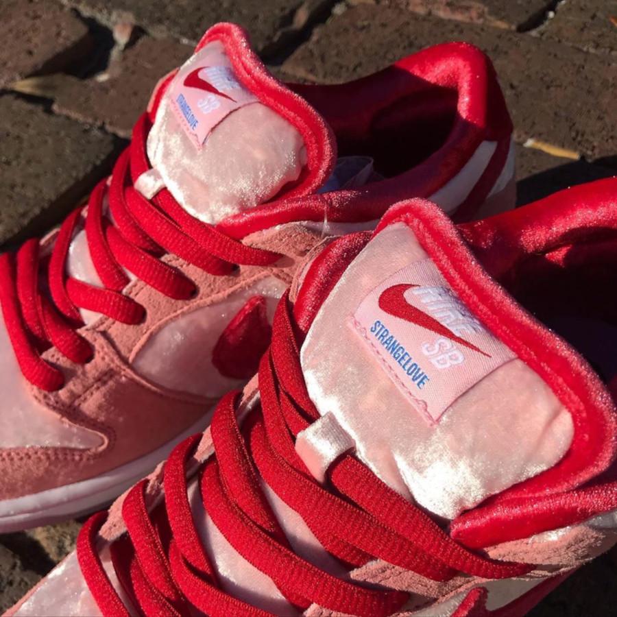 Strangelove x Nike SB Dunk Low Pro QS 'Valentine's Day' (4)