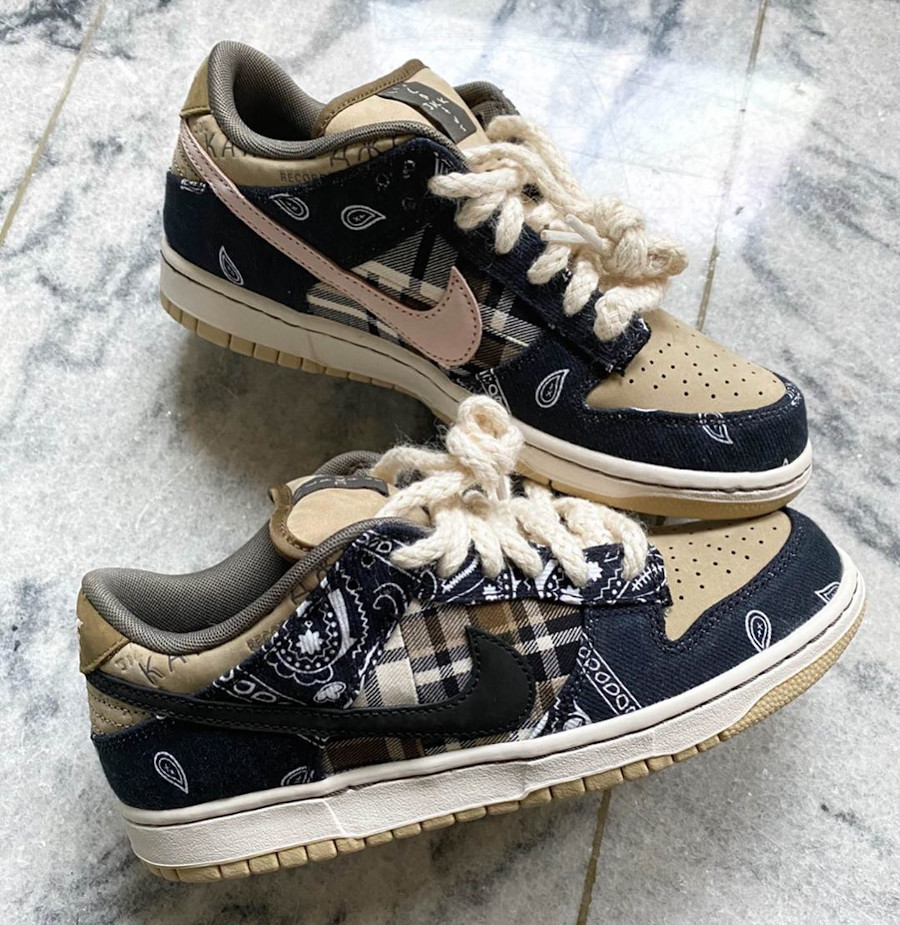 Travis Scott x Nike SB Dunk Low Pro Black Parachute Beige Petra Brown (3)