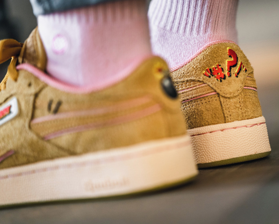 Warner Bros x Tom and Jerry x Reebok C Revenge 'Bold Brass Pink' (6-1)