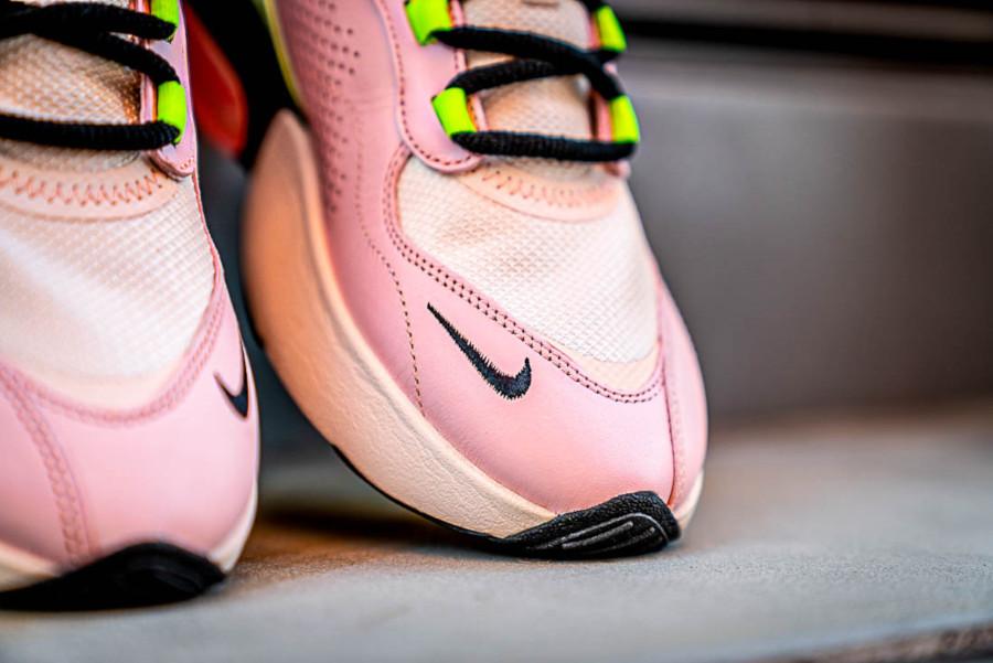 Women's Nike Air Max Verona Guava Ice Black Barely Volt Crimson Tint (4)