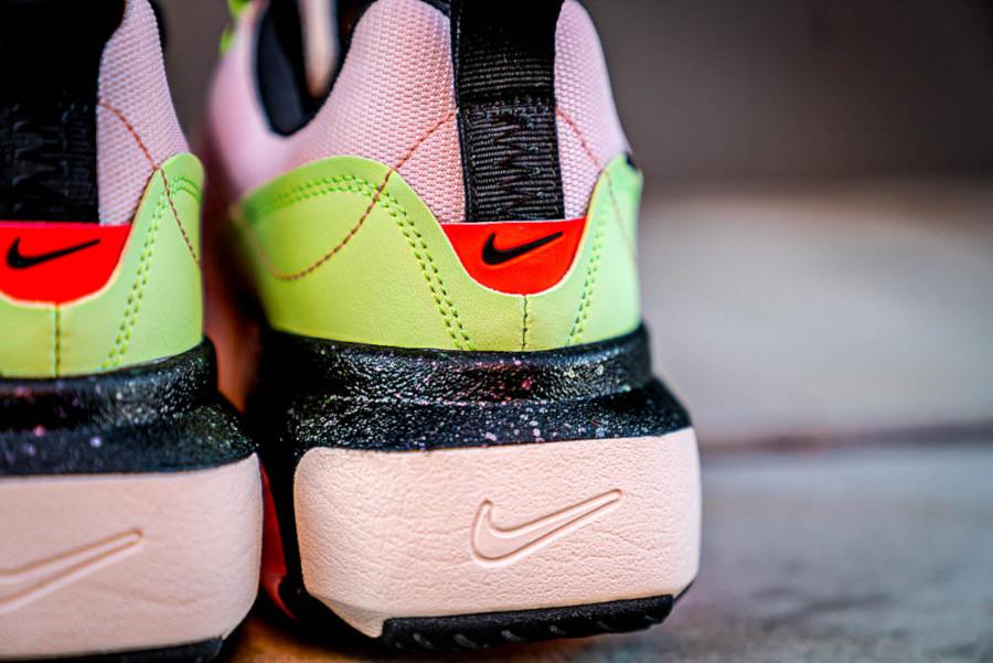Women's Nike Air Max Verona Guava Ice Black Barely Volt Crimson Tint (6)