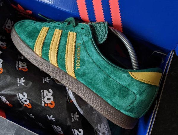 Adidas Originals Liverpool (Size 20th Anniversary Pack) (1)