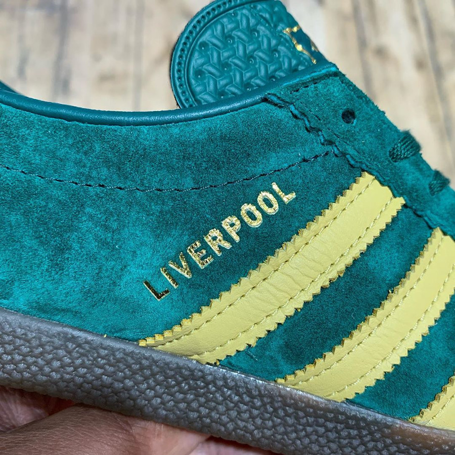 Adidas Originals Liverpool (Size 20th Anniversary Pack) (2)